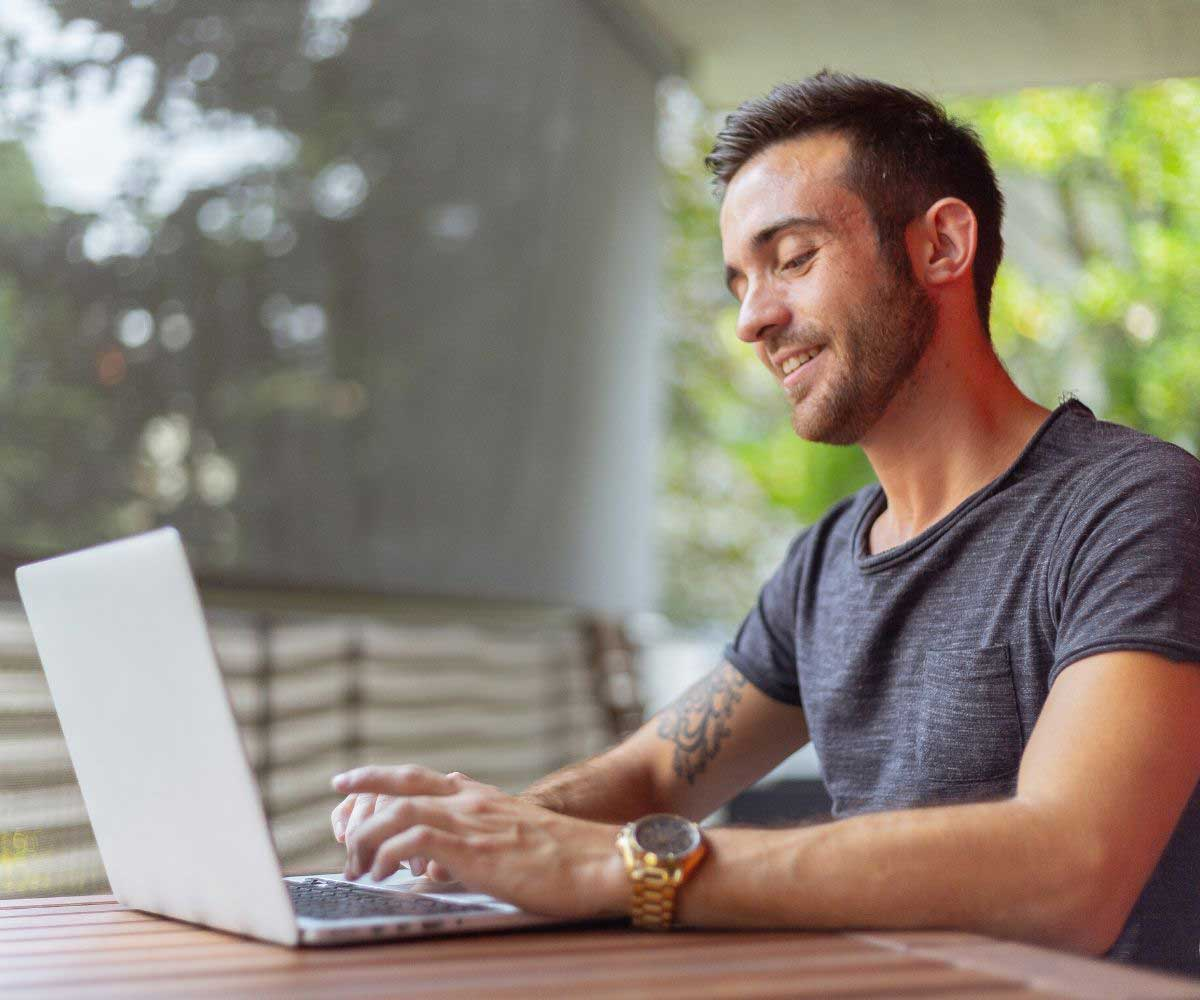 How to Find Your First Freelance Client